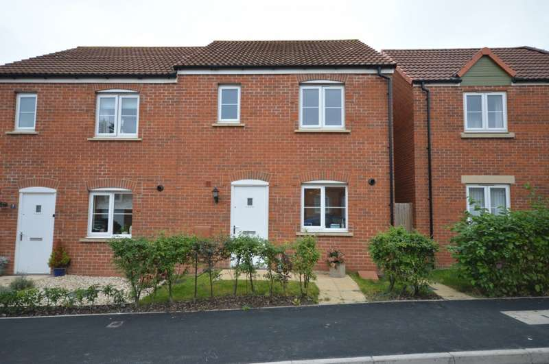 3 Bedrooms Semi Detached House for sale in The Mead, Keynsham, BS31