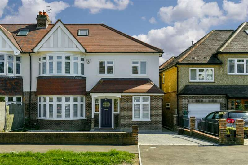 4 Bedrooms Property for sale in Kings Drive, Surbiton