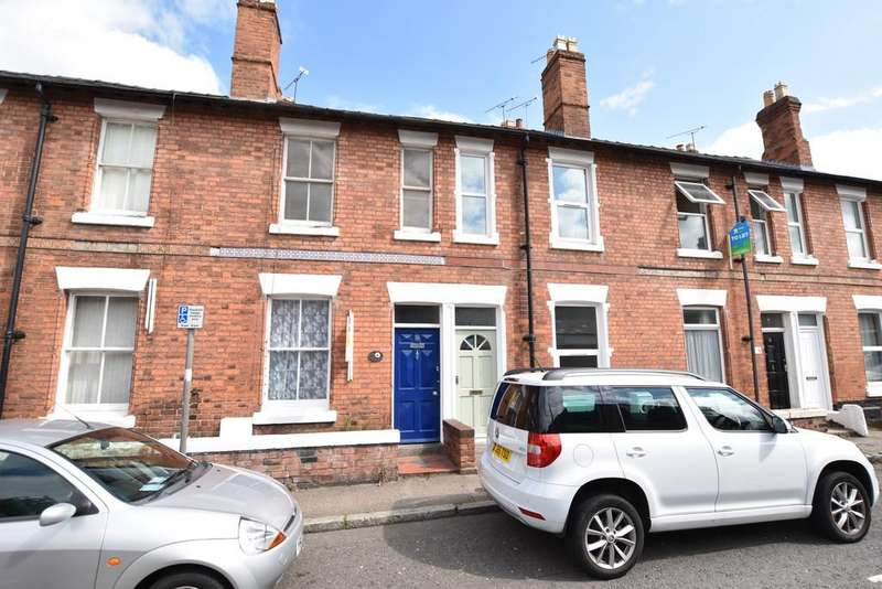2 Bedrooms Terraced House for sale in Queen Street, Chester