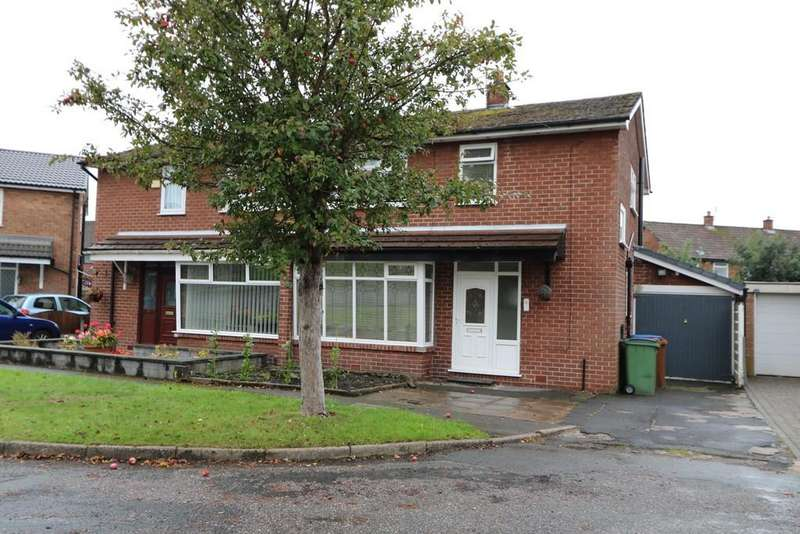 3 Bedrooms Semi Detached House for sale in Chippenham Avenue, Offerton