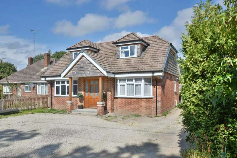 5 Bedrooms Detached Bungalow for sale in Dorchester Road, Upton, BH16 5NX