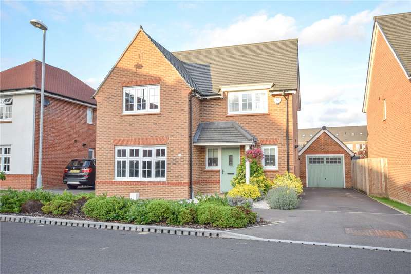 4 Bedrooms Detached House for sale in Goldcrest Road, Jennett's Park, Bracknell, Berkshire, RG12