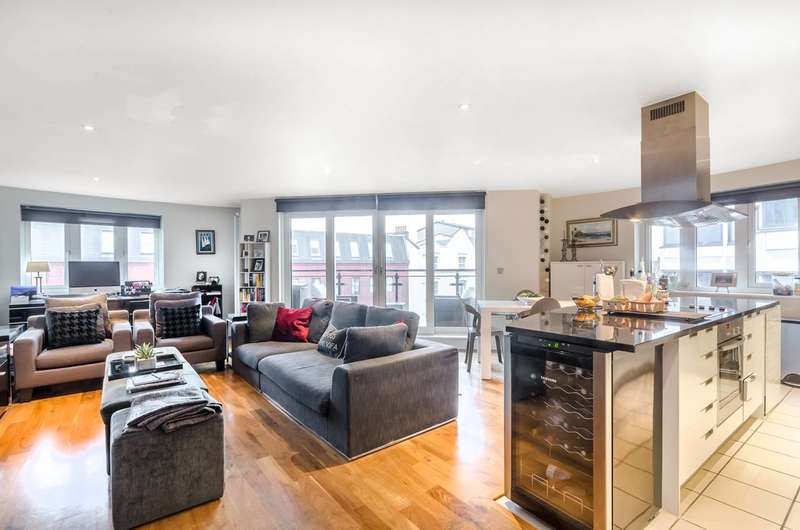 2 Bedrooms Flat for sale in Brewhouse Lane, Putney, SW15