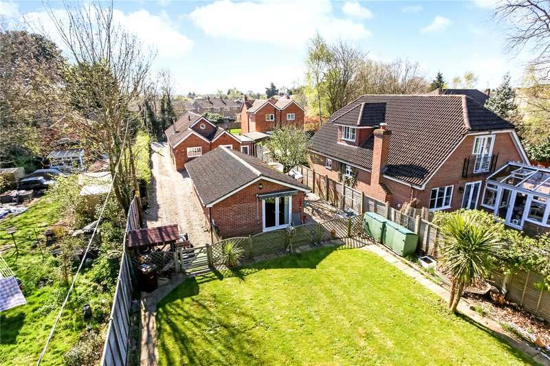 4 Bedrooms Detached Bungalow for sale in Sandy Lane, Farnborough, Hampshire, GU14