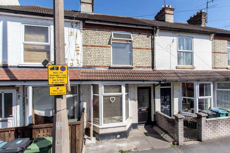 3 Bedrooms Terraced House for sale in Leavesden Road, North Watford