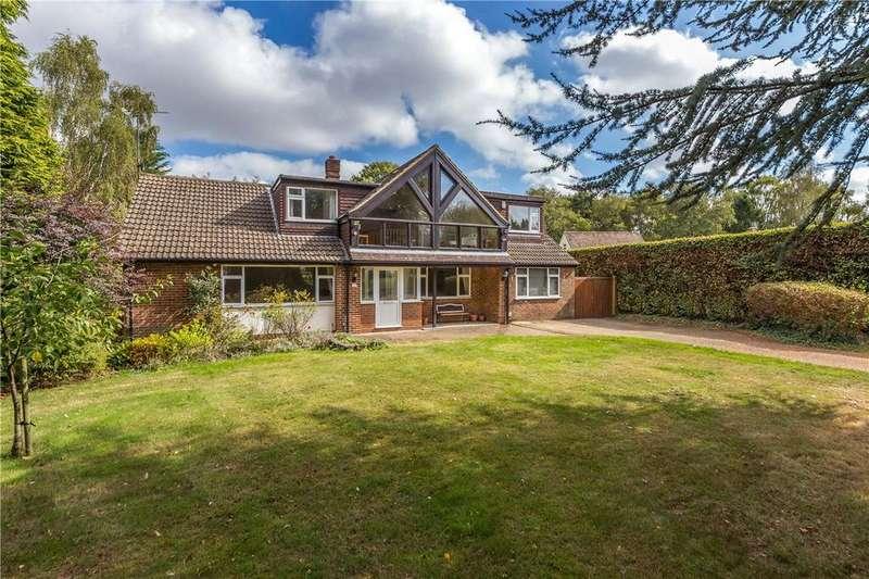 4 Bedrooms Detached House for sale in Oakway, Studham, Dunstable, Bedfordshire