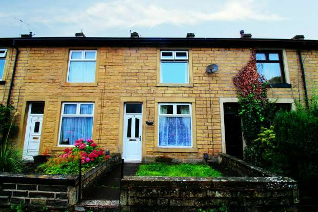 2 Bedrooms Terraced House for sale in Somerset Place, Nelson, Lancashire, BB9 8BD
