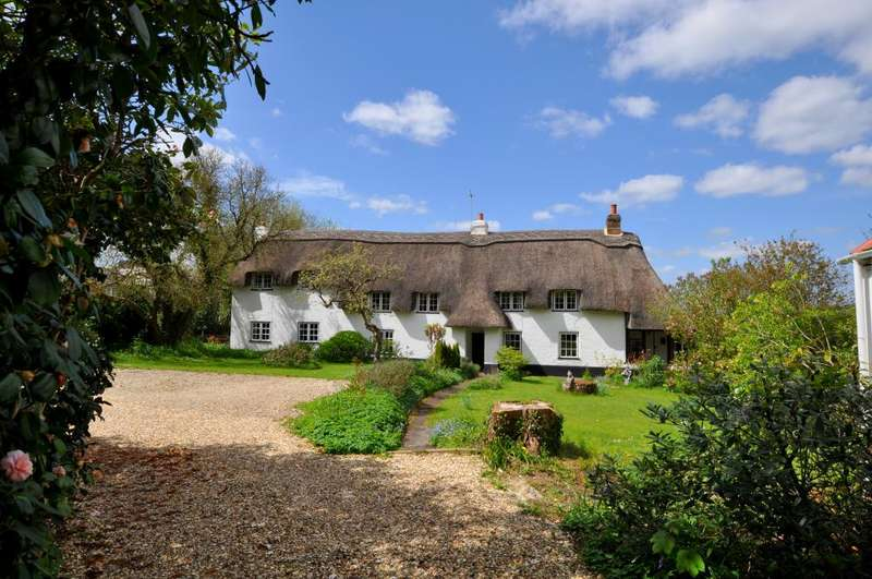 5 Bedrooms Cottage House for sale in Fordingbridge Road, New Forest,SP6 3BE