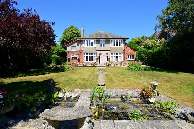 6 Bedrooms Detached House for sale in Portchester Road, East Common, Bournemouth