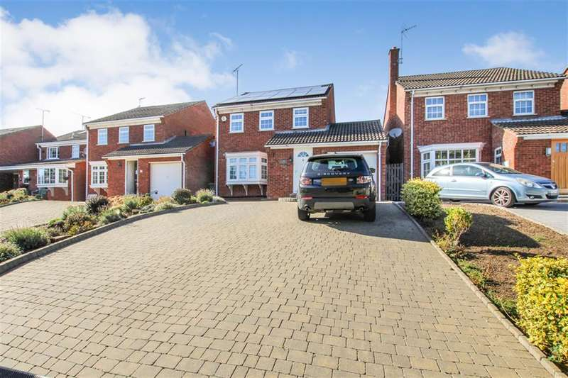 5 Bedrooms Detached House for sale in Coniston Road, Leighton Buzzard