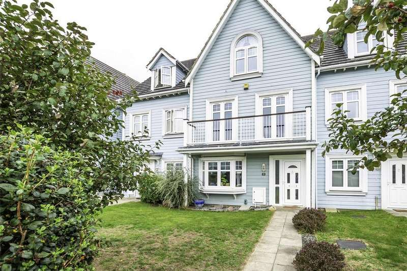4 Bedrooms Town House for sale in David Newberry Drive, Lee-on-the-Solent, Hampshire