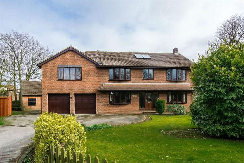 5 Bedrooms Detached House for sale in Church View, Patrington, East Riding of Yorkshire