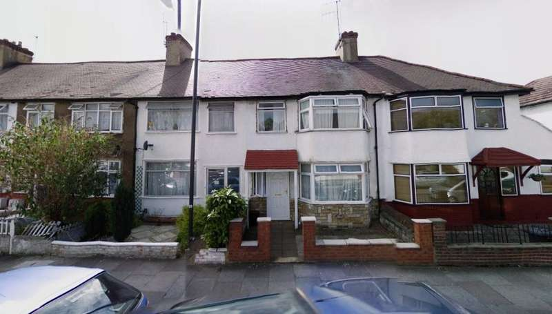 3 Bedrooms Terraced House for sale in Lion Road, Edmonton Green