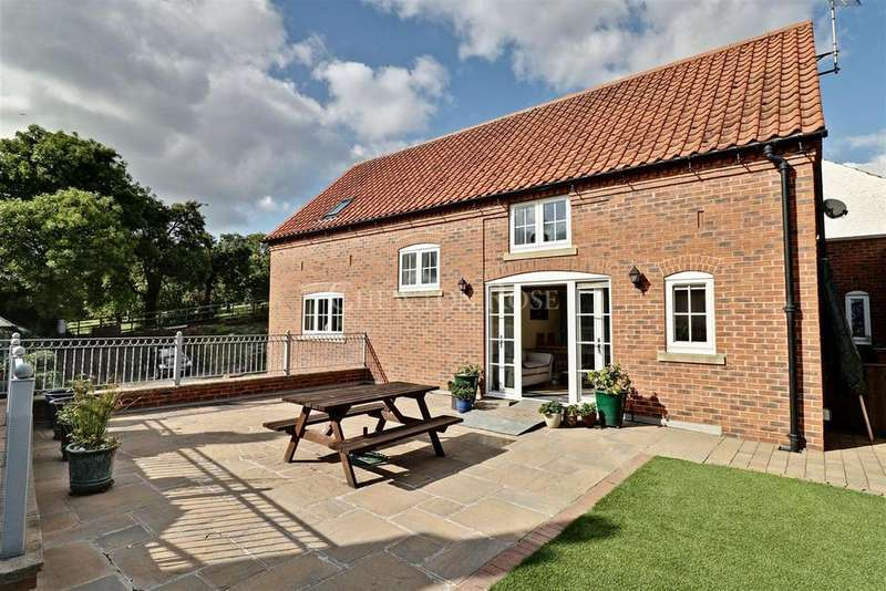 4 Bedrooms Detached House for sale in Lambley, Nottingham, Nottinghamshire