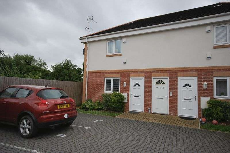 2 Bedrooms Property for sale in Stibbs Hill, Bristol