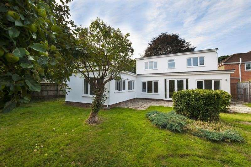 4 Bedrooms Property for sale in Pirton Lane, Gloucester