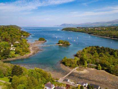 4 Bedrooms Detached House for sale in Druid Road, Menai Bridge, Anglesey, North Wales, LL59