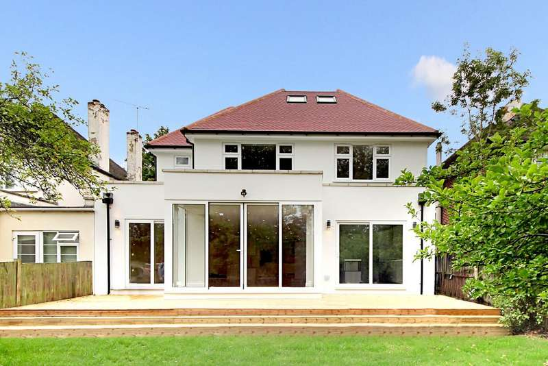 5 Bedrooms Detached House for sale in Corringway, W5