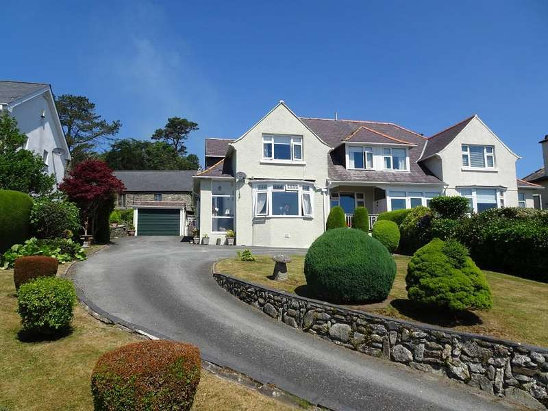 4 Bedrooms House for sale in Radcliffe Road, Criccieth