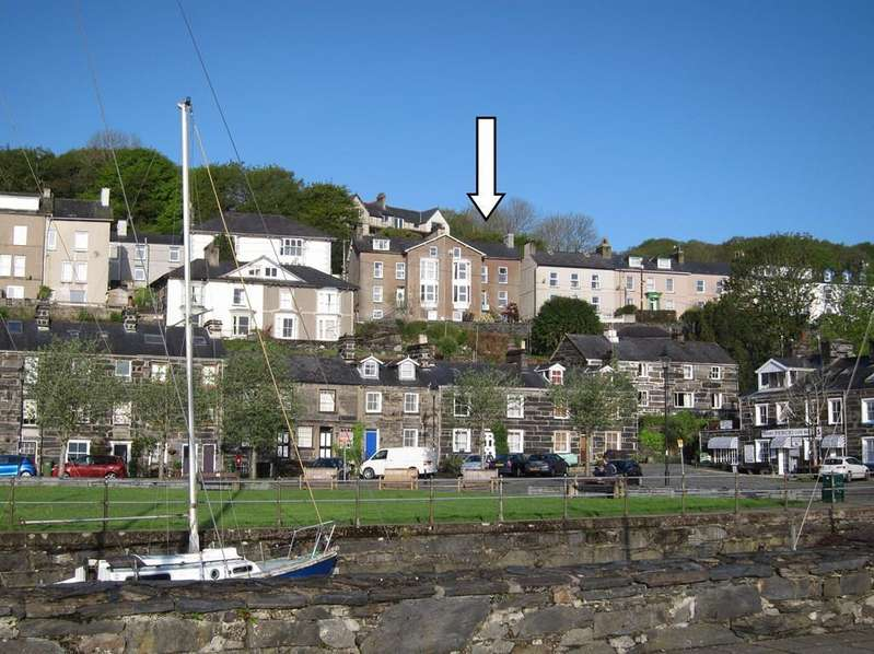 4 Bedrooms House for sale in Garth Terrace, Porthmadog