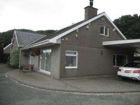 4 Bedrooms House for sale in Porthmadog