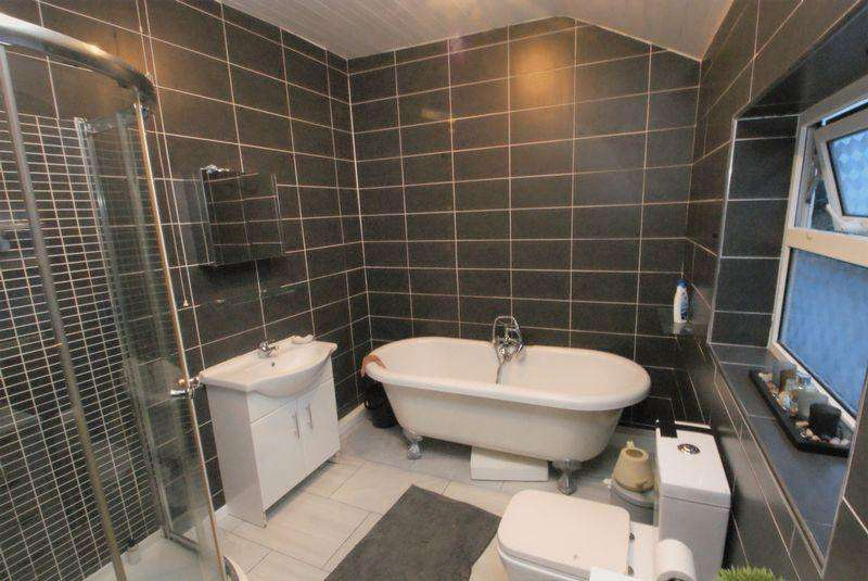 4 Bedrooms Terraced House for sale in Phillips Avenue, Middlesbrough