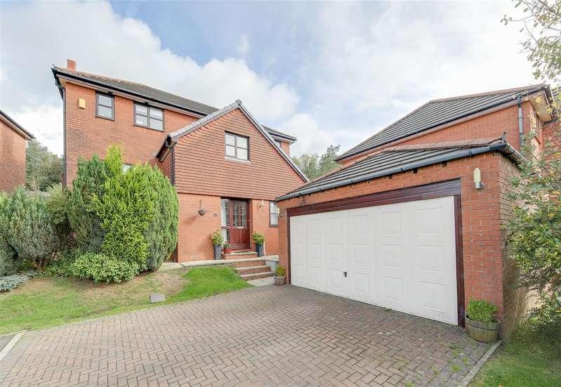 4 Bedrooms Detached House for sale in Kirkhill Avenue, Haslingden, Rossendale