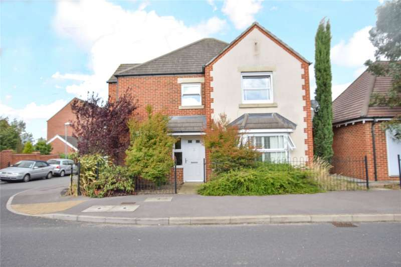 4 Bedrooms Detached House for sale in Sparrowhawk Way, Bracknell, Berkshire, RG12