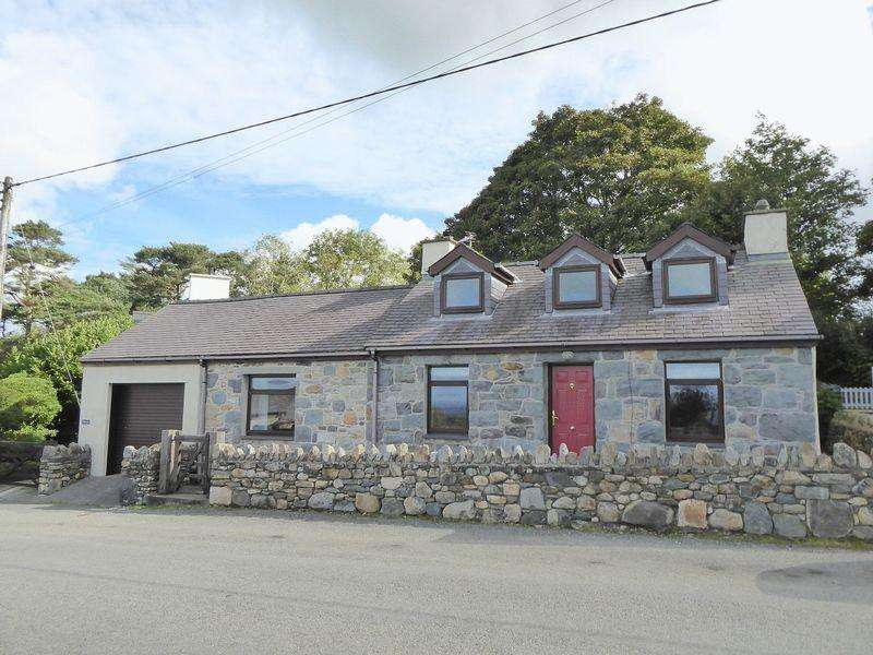 3 Bedrooms Detached House for sale in Rhos Isaf