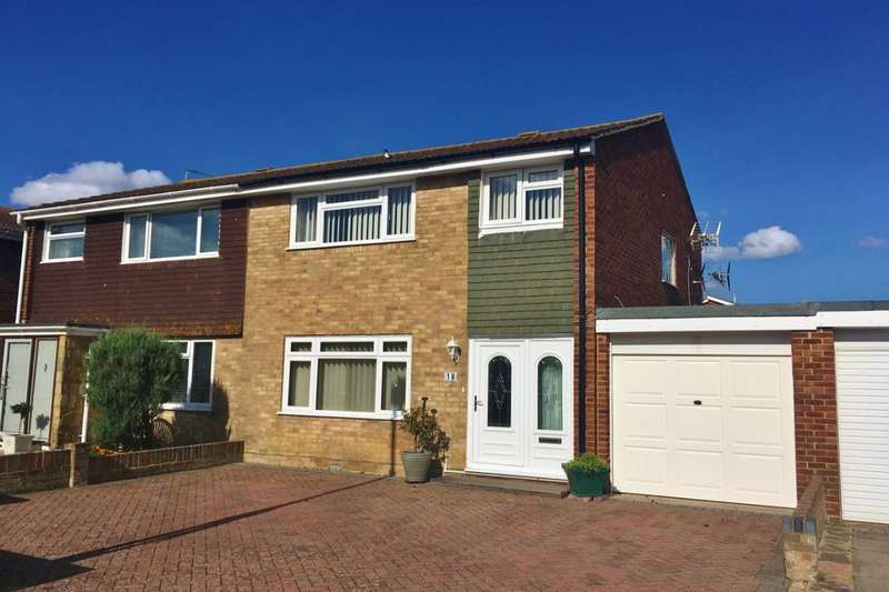 3 Bedrooms Semi Detached House for sale in Frobisher Close, Eastbourne, BN23
