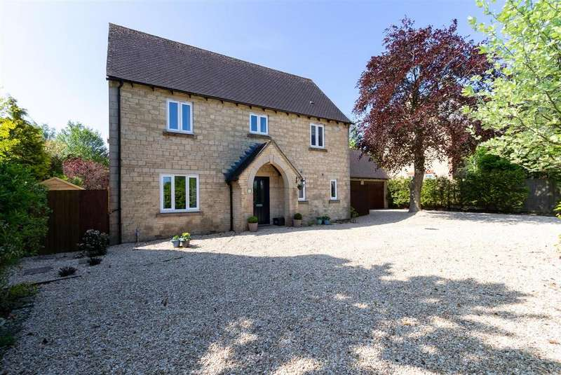 4 Bedrooms Detached House for sale in Smith Barry Road, Upper Rissington, Gloucestershire