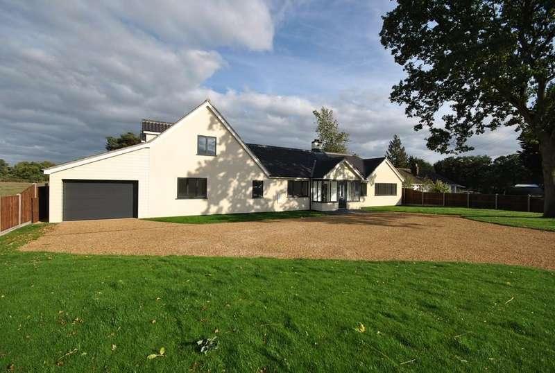 5 Bedrooms Detached Bungalow for sale in Hopton Road, Garboldisham, Norfolk