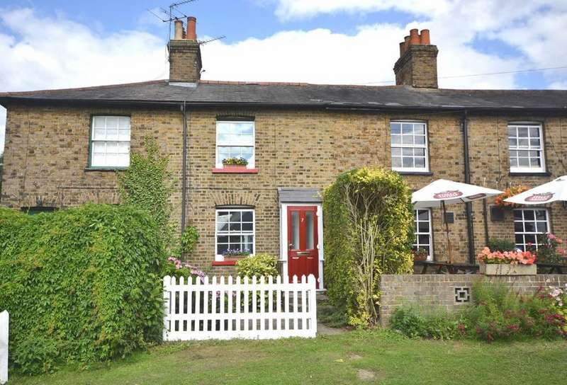 2 Bedrooms Terraced House for sale in Coopersale Common, Coopersale