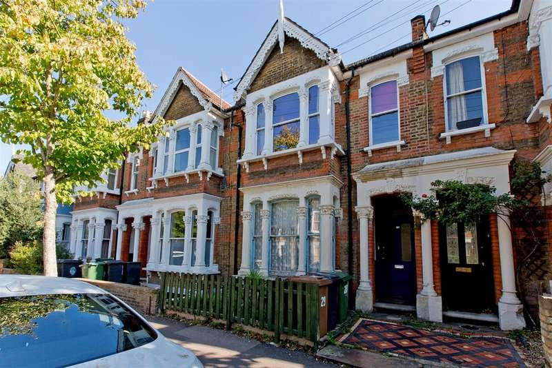 1 Bedroom Flat for sale in Cleveland Park Avenue, London