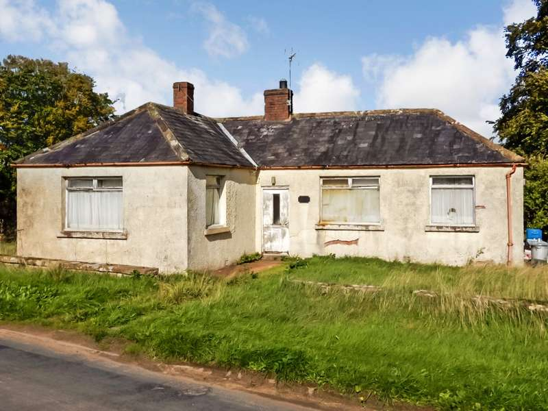 2 Bedrooms Detached Bungalow for sale in Selby Garth, Hethersgill, Cumbria