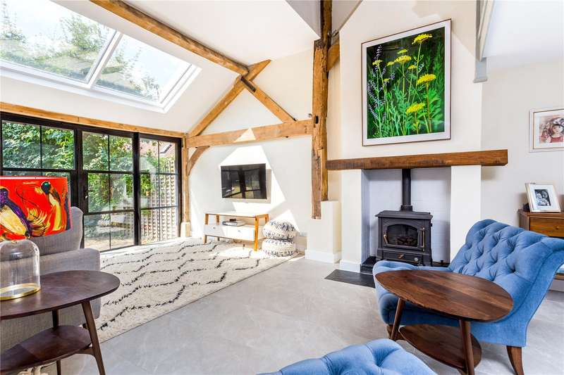 4 Bedrooms Terraced House for sale in Boxhill Farm Barns, Old Reigate Road, Dorking, Surrey, RH4
