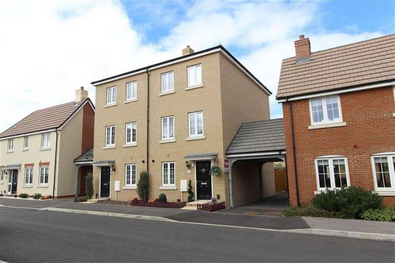 4 Bedrooms Town House for sale in Copia Crescent, Leighton Buzzard