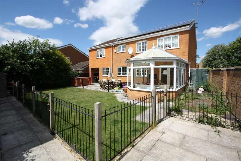 6 Bedrooms House for sale in Dunsberry, Bretton, Peterborough