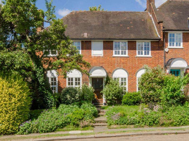 4 Bedrooms Semi Detached House for sale in Cascade Avenue, N10