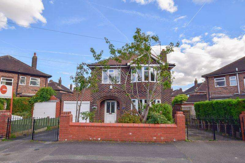 3 Bedrooms Detached House for sale in Bruche Avenue, Warrington