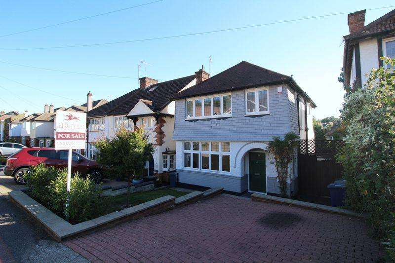 3 Bedrooms Detached House for sale in Eversleigh Road, New Barnet
