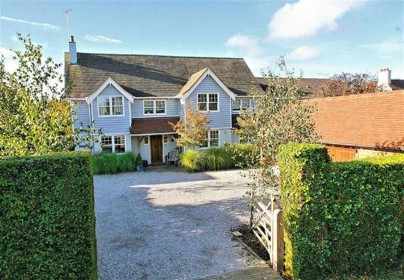 5 Bedrooms Detached House for sale in Swangleys Lane, Knebworth SG3 6AA