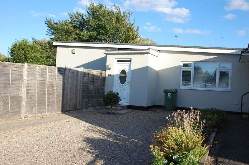 2 Bedrooms Property for sale in Hemel Close Thornaby, Stockton-On-Tees