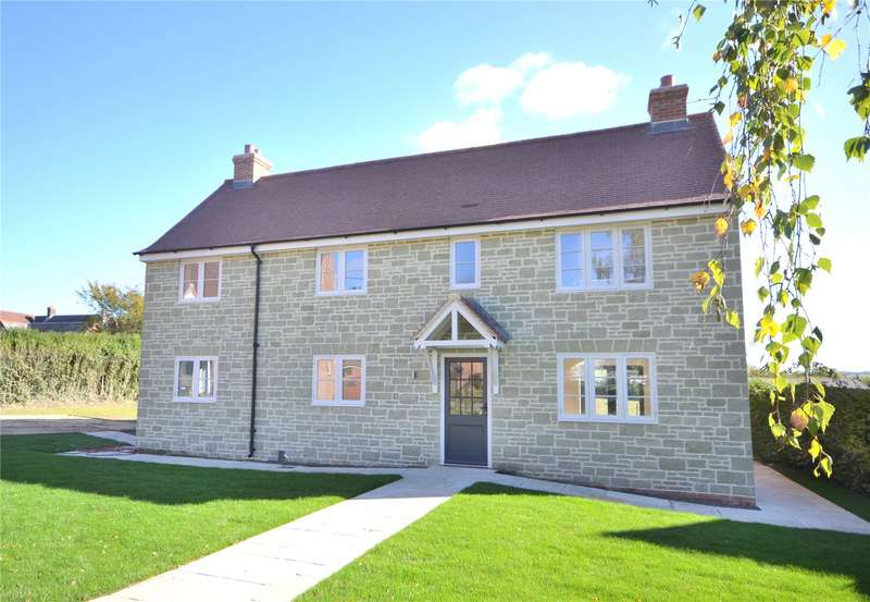 4 Bedrooms Detached House for sale in Leigh Lane, East Knoyle, Salisbury, Wiltshire, SP3