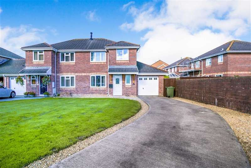 3 Bedrooms Semi Detached House for sale in Swan Walk, Llanelli
