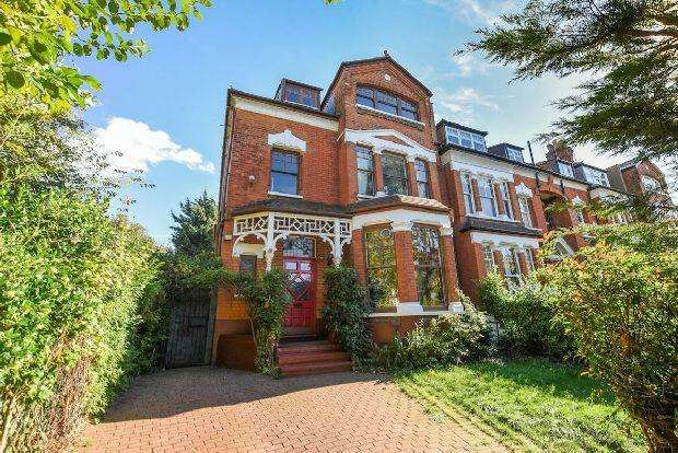 6 Bedrooms End Of Terrace House for sale in MUSWELL HILL ROAD Musewell Hill N10 3NH