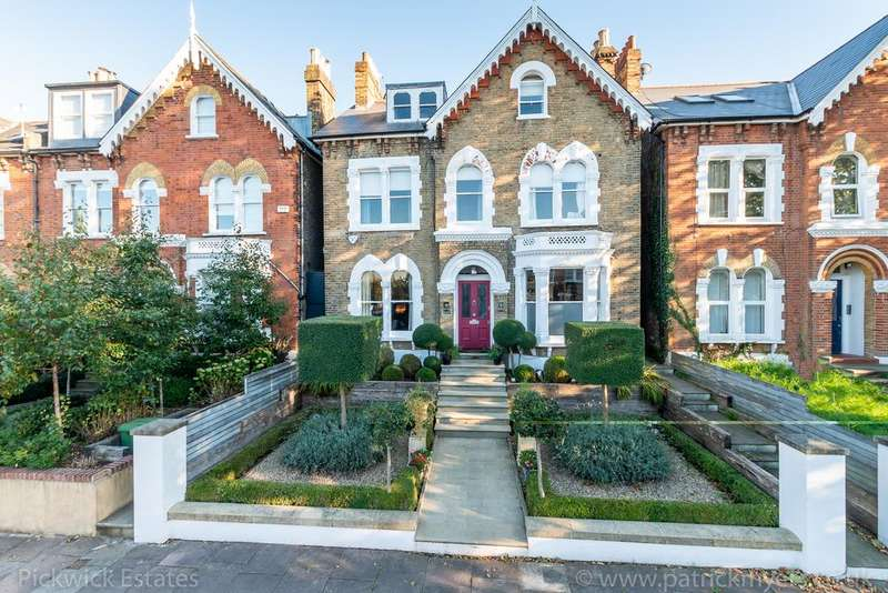 7 Bedrooms Detached House for sale in Marmora Road