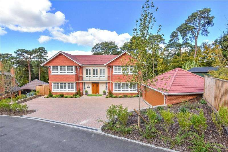5 Bedrooms Detached House for sale in Heath Rise, Camberley, Surrey, GU15