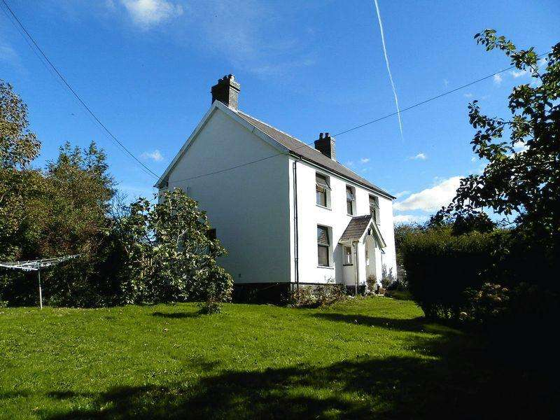 3 Bedrooms Detached House for sale in Capel Tygwydd, Newcastle Emlyn