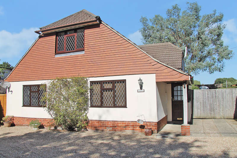 5 Bedrooms Chalet House for sale in Newtown, Hampshire